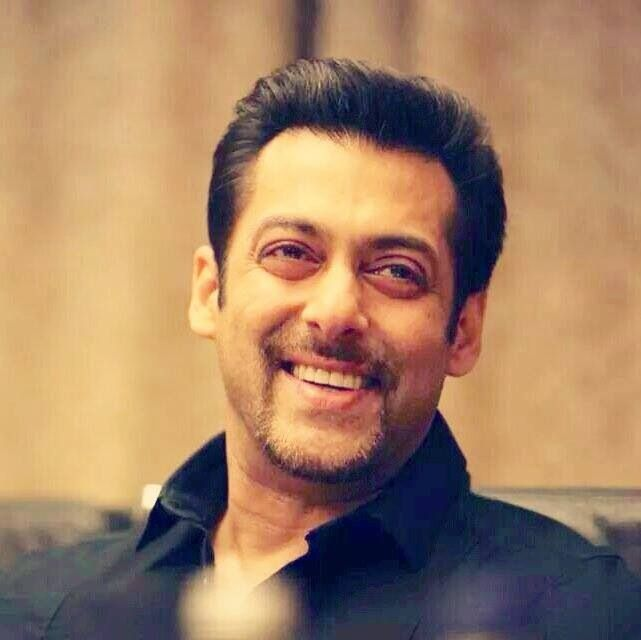 Salman Khan Wiki Age Height Girlfriends Family Biography More