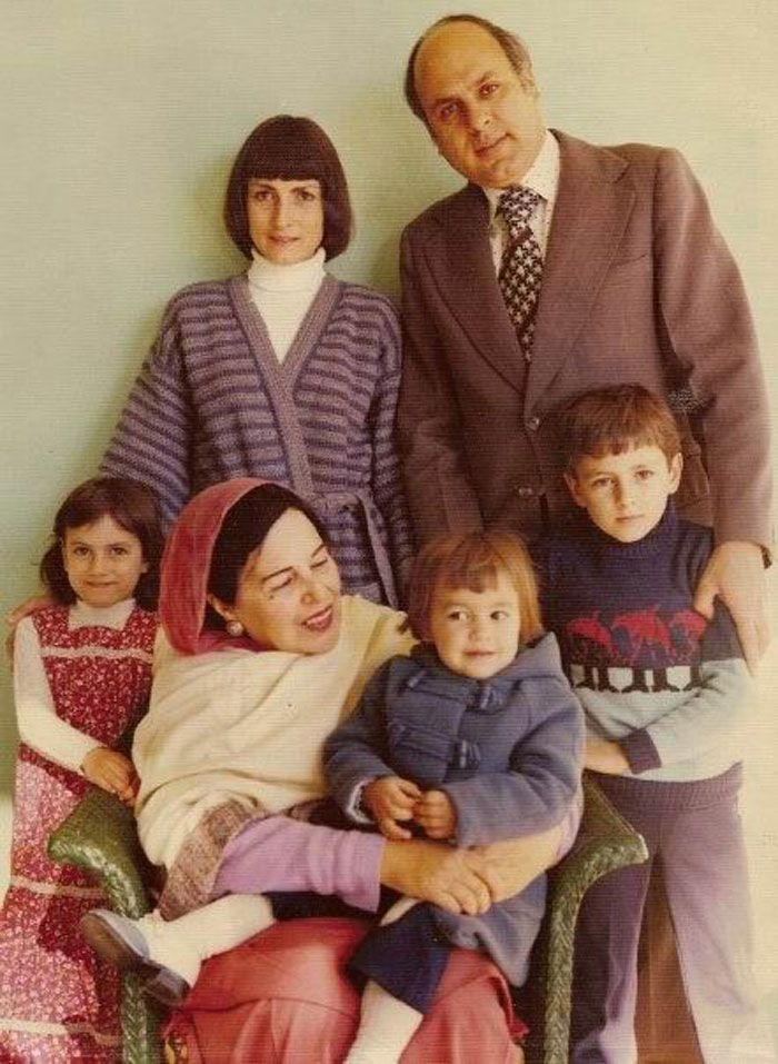 Sarah Pilot's family with her grandmother (sitting
