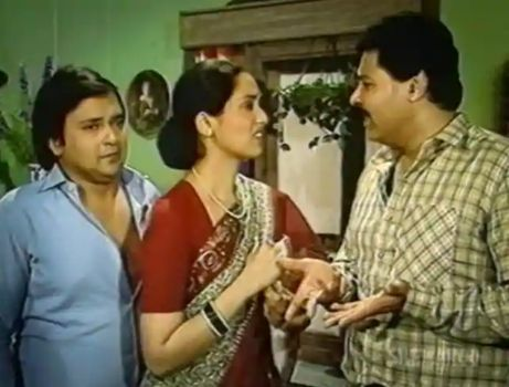 Swaroop Sampat as Renu in Yeh Jo Hai Zindagi
