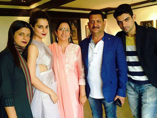 kangana Ranaut with her family
