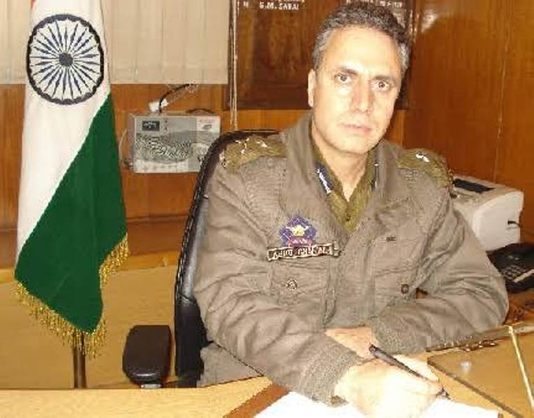 Abdul Gani Mir, IPS Officer