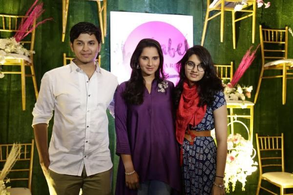 Akbar, Sania And Anam At The Label Bazaar