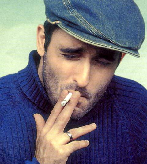 Akshaye Khanna Smoking