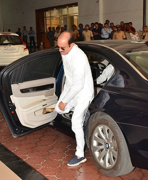 Akshaye Khanna With His BMW