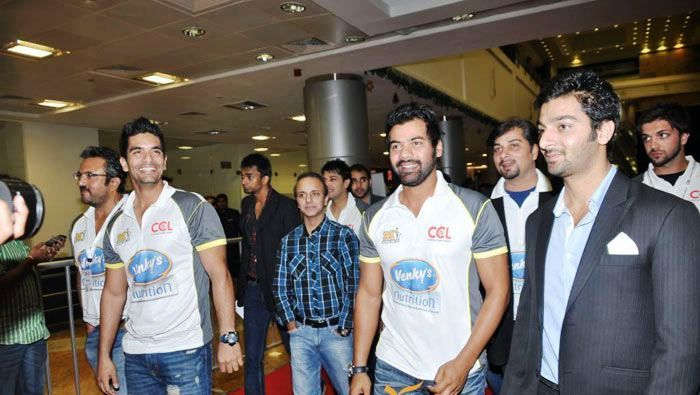 Angad Bedi as a team member of CCL