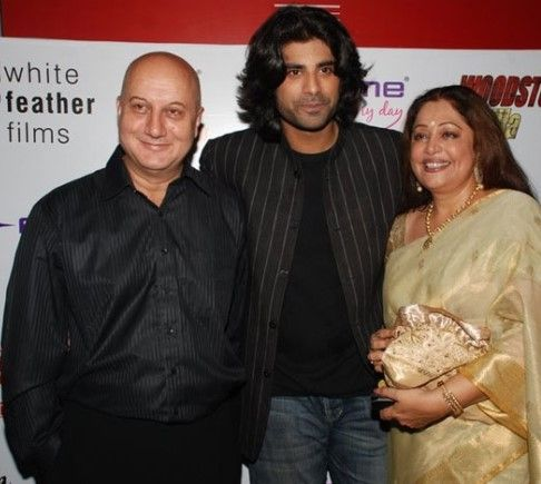 Anupam Kher with his Son Sikander Kher and Wife Kirron Kher