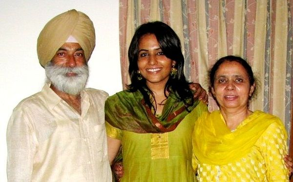 Gazal Dhaliwal with her parents