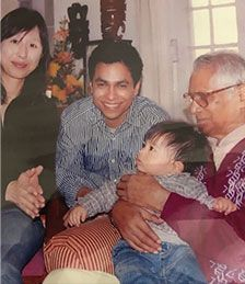 George Fernandes Son, Daughter-In-Law And Grandson