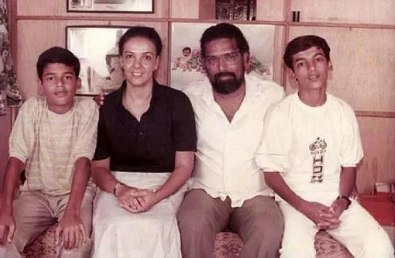 John Abraham (extreme right) With His Parents and Brother