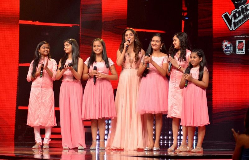 Neeti Mohan on the sets of The Voice Kids