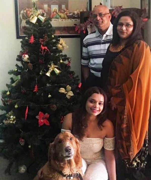 Nidhi Sunil's Parents And Sister