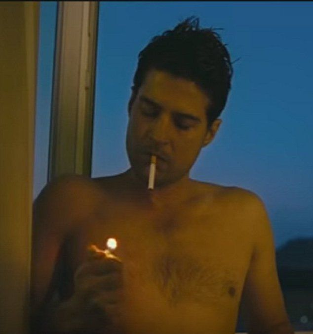 Rajeev Khandelwal Smoking
