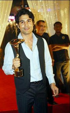 Rajeev Khandelwal with Indian Telly Award