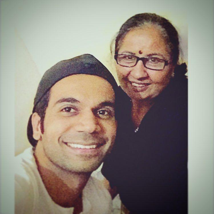 Rajkummar Rao With His Mother