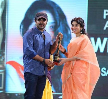 Sai Pallavi Receiving Award At Asia Net Film Awards, For Her Movie, Kali