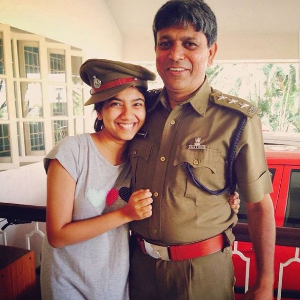 Sai Pallavi's Sister With Her Father