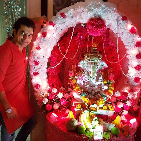 Sharad Malhotra Follower of Ganesh Ji