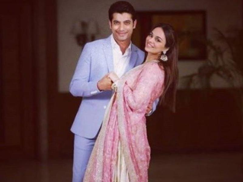 Sharad Malhotra With His Wife Ripci Bhatia