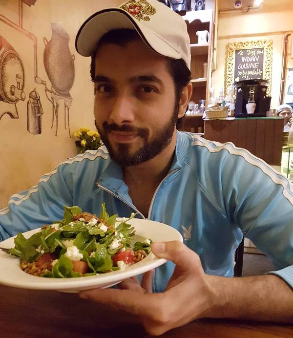 Sharad Malhotra enjoying salad