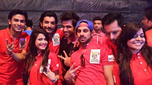 Sharad Malhotra with his BCL team
