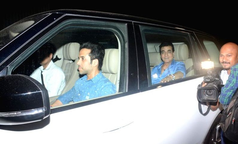 Tusshar Kapoor in his car