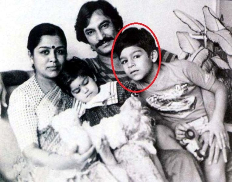 Vivek Oberoi with his father mother and sister
