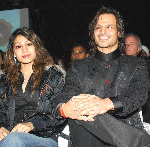 Vivek Oberoi with his sister