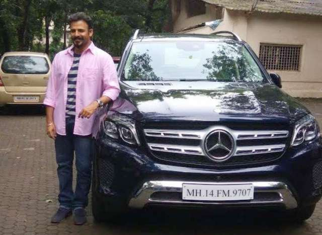 Vivek with his Mercedes-Benz-GLS