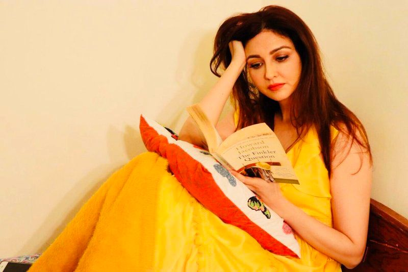 saumya Tandon reading