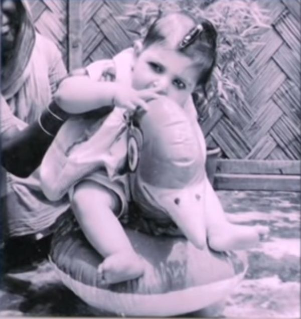 Alka Yagnik As A Child