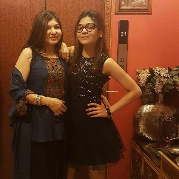 Alka with her Daughter Syesha