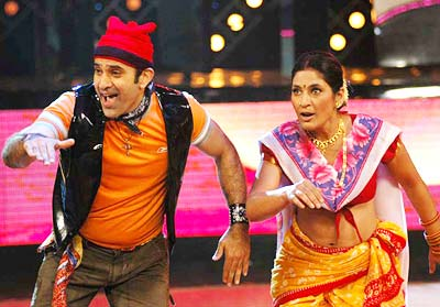 Archana Puran Singh dancing with her husband in Nach Baliye
