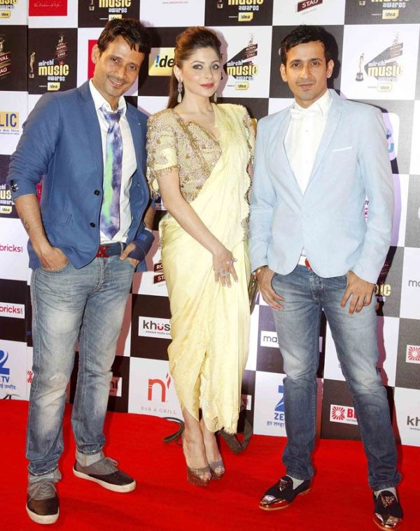 Kanika Kapoor with Meet Brothers