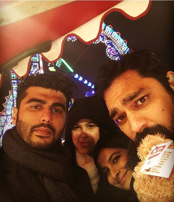 Karan Boolani partying with Arjun Kapoor and Rhea Kapoor