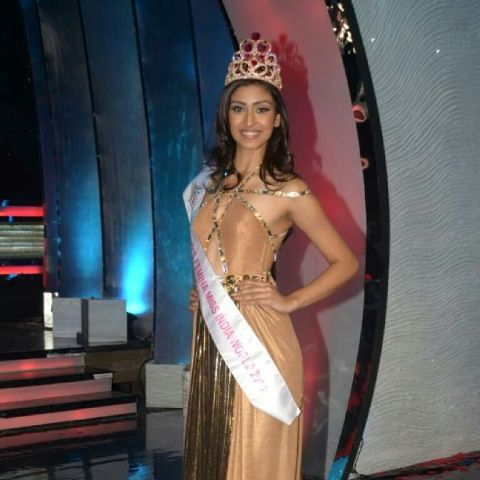 Navneet as the Femina Miss India World.