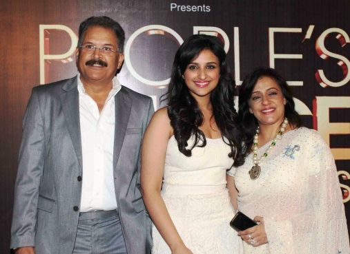 Parineeti Chopra with her parents