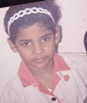 Priyanka Bose childhood's picture