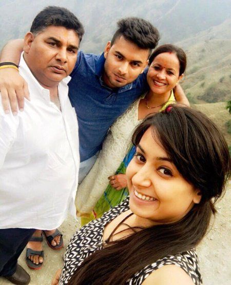Rishabh Pant with his family
