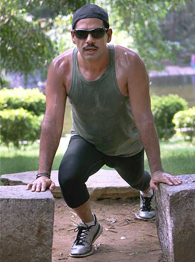 Robert Vadra working out