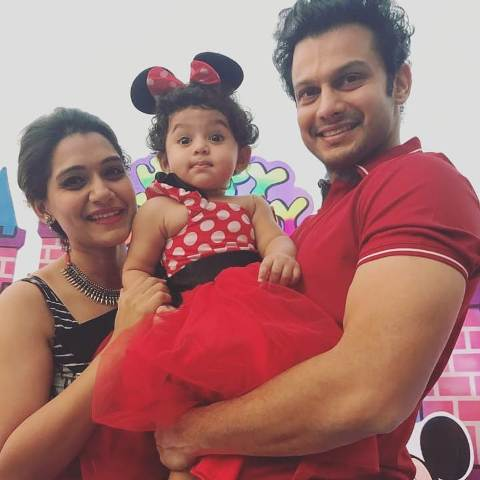 Urmila Kanetkar with her husband and daughter