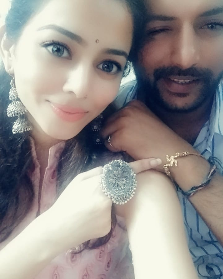 Vaishnavi Dhanraj with her brother