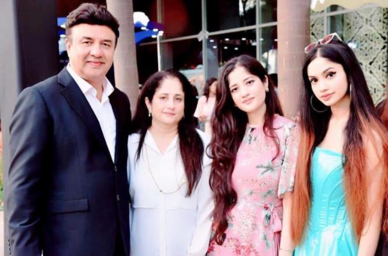 Anu Malik And His Family