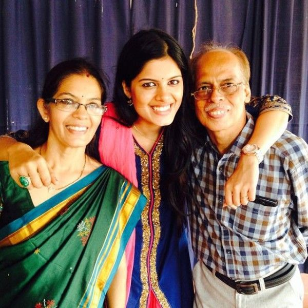 Asha Bhatt with her parents