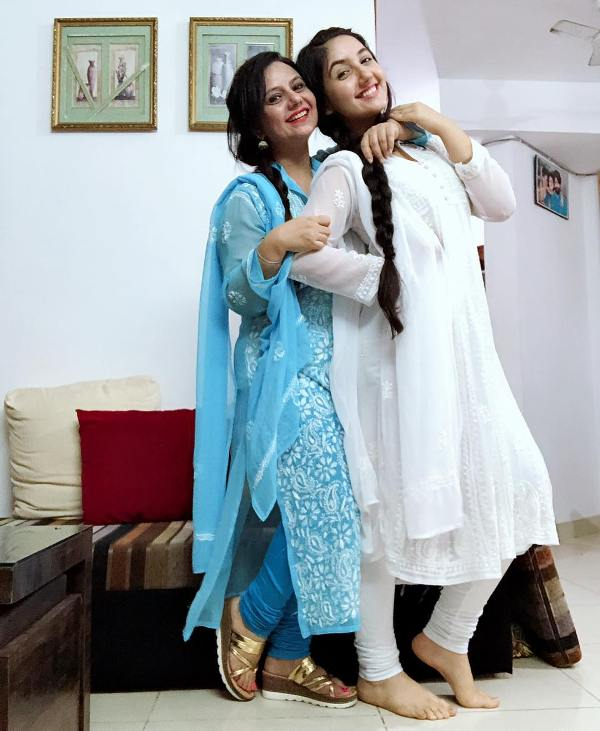 Ashnoor Kaur with her mother