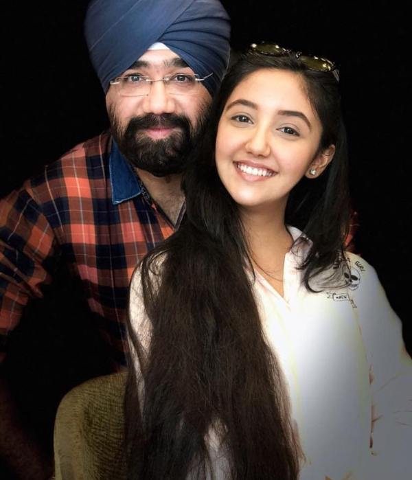 Ashnoor Kaur with his father