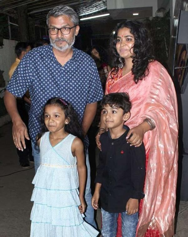 Ashwiny Iyer Tiwari With Her Husband Nitesh Tiwari And Their children Amaarisa And Aaradhya