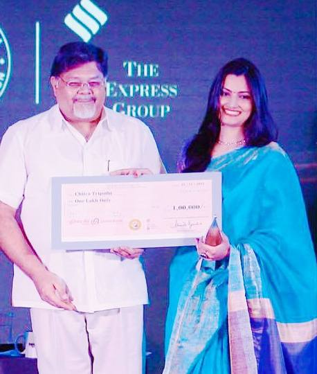 Chitra Tripathi Ramnath Goenka Excellence In Journalism Award