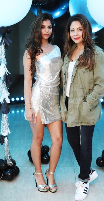 Gauri Khan with her daughter