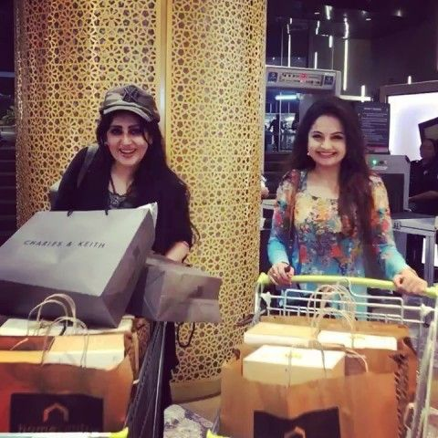 Giaa manek shopping