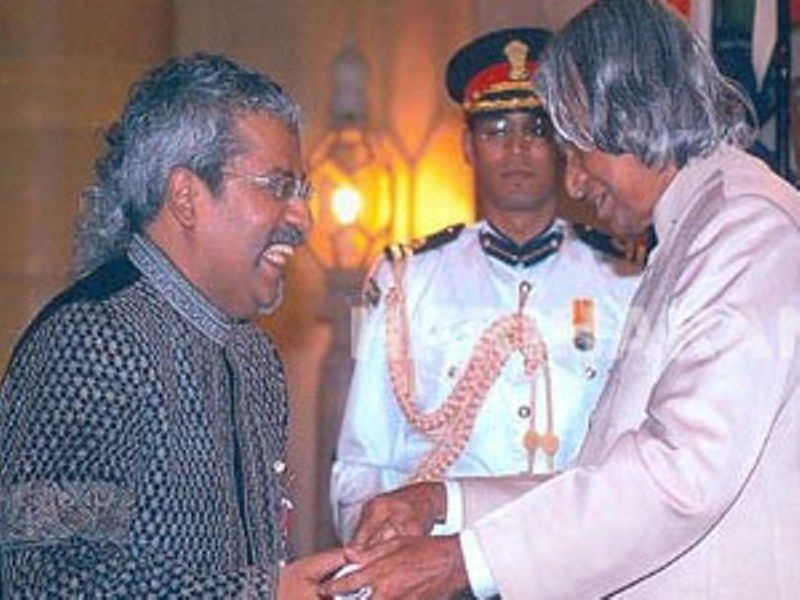 Hariharan Receiving Padma Shri